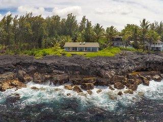 Oceanfront Aloha House