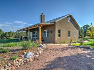 Hidden Santa Fe Gem - Nestled in Tesuque Hills!