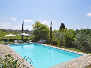 Tuscan Country Villa for Rent Near Florence - Villa Irina