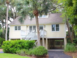 501 Tarpon Pond Cottage