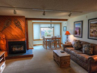 SH402 Summit House ~ RA134476
