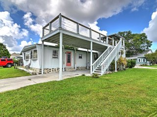 NEW! Waterfront 2BR Homosassa Home by the River!