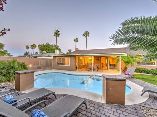 Scottsdale Stays-Dobson Ranch ❤️ Private Home- Pool, Spa, Pool Table & Fire Pit