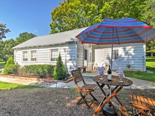 Quaint Gettysburg Cottage w/ Patio Near Wineries!