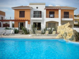 Stunning 2 Bed Houses, Pool, Near Amenities, Free Wi-Fi, Paphos, Cyprus