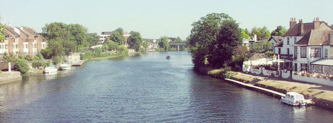 Staines-Upon-Thames