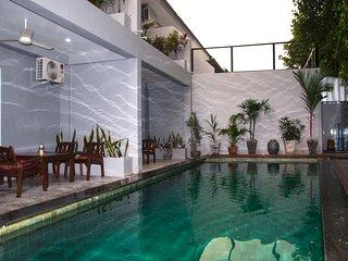 Yolanda Terrace / Khaolak