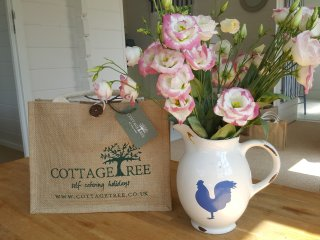 Cottagetree welcome bag