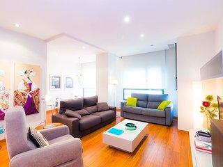 Ribera apartment, close to Town Hall, WiFi 50MB,
