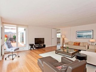 Eldon House apartment in Kensington & Chelsea {#h…