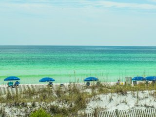 Crystal Villas A-3 Dec 18 to 22 $538! $1100/MONTH for Winter-Beach Front