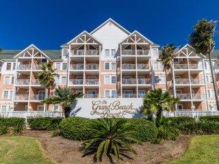 Book your Vacay at Grand Beach Resort-sleeps 6