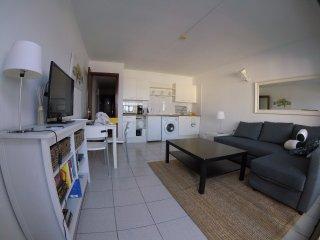 Apartamento con vistas al mar/ Seaview apartment
