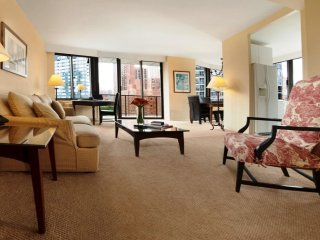 LUXURIOUS 2BR-2BA APT SUITE AT 94TH ST WITH DOORMAN & GYM