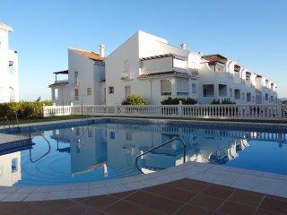 Las Fuentes LA-1F, Apt. 2 Bedrooms, WiFi, Pool, Torrecilla Beach