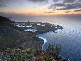 APARTMENT PUNTA HIDALGO - BEAUTIFUL VIEWS - BEACH