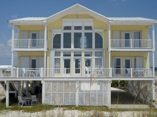 Beach House located right on the white sandy beach of Gulf Shores~Sleeps 12