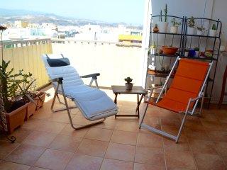 Atico con terraza en Las Canteras