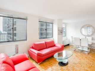 14E-MIDTOWN EAST 2BR-2BA-GYM & DOORMAN