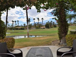 Updated condo!  Fairway and Mountain Views!!!  Southern Exposure at Palm Valley