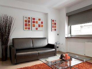 High Serrano apartment