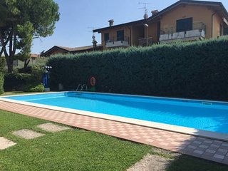 Bilocale a piano terra con piscina, ideale per vacanza o soggiorno termale