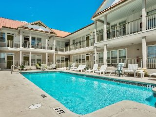 Poinciana Place #211 ~ FREE snorkeling, FREE golf, FREE sunset cruise