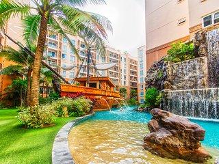 Atlantis Resort 2 bedroom with water park near Beach/bar/massage