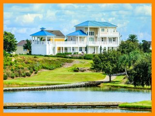 Reunion Resort 382 - Luxury villa with private pool and game room near Disney