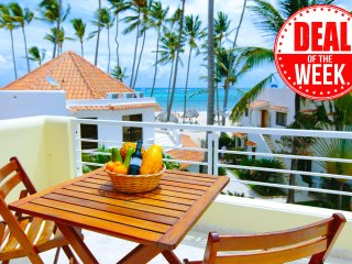 Alma Villa Ocean View 6 guests WiFi+Maid+Pool+Flavio Acuna Spa Natural Center
