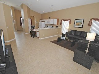 179EV. 5 Bed 4 Bath Pool Home with Spa In DAVENPORT FL.