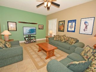 100HBC. 5 Bedroom 4 Bathroom Pool Home In DAVENPORT FL.