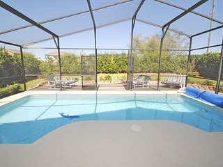 304OBC. 4 Bedroom 3 Bath Pool Home with Games Room