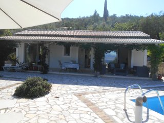 CYPRISSI COTTAGE.    PLUS , POOL. All you need..4 MINS TO HARBOUR BY CAR,PERFECT