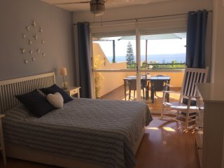 Townhouse with seaview walking distance to the beach