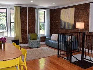 Bright Four Bedroom Apartment in Chelsea