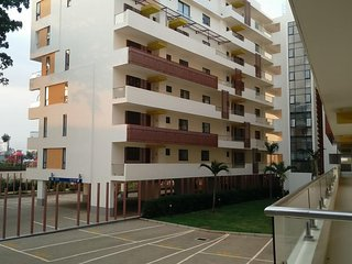 Two Bed Duplex-Garden City Mall