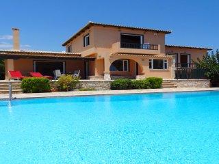 Villa Hera, luxurious vacations at Cape Sounion
