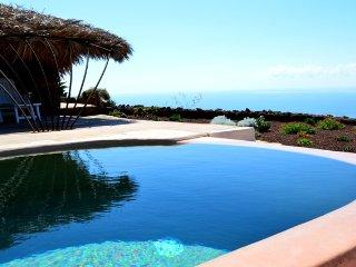 Dammuso Zighidi (Large) - Vivere Pantelleria