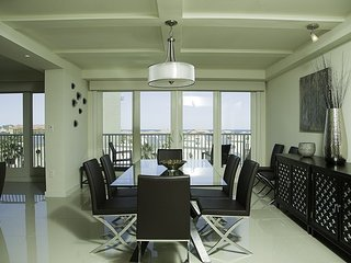 Luxury 5th floor condo with an amazing view of the ocean. *Pet Friendly*