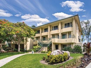 Big Island, Hawaii: 2 Bedroom Honolulu Suite w/Free WiFi, Pool & Sundeck & More