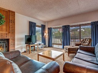 Village at Breck Shavano 2401 Ski-in/Ski-out Condo Downtown Breckenridge