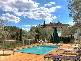 Amazing villa with pool in the heart of Tuscany