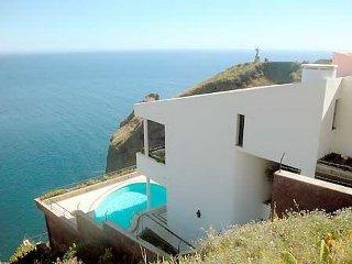 Magnificent ocean front luxury villa