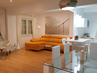 Habitacion en centro ciudad calle Alcalde Munoz 25