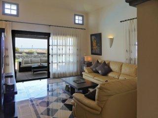 V. Paradise, fabulous villa, private pool, free Wi Fi, great location, sea views