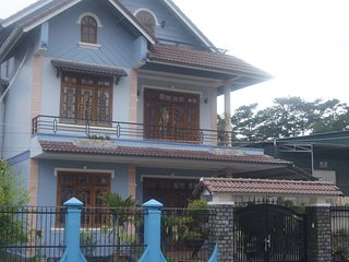 Great Choice For Group 6-10 persons Vacation in Da Lat