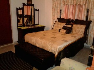 Wilson's En Suite :-) Palatial Hostel 2