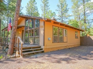 Pinetop Pines - access to National Forest, BBQ