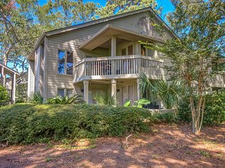 BEAUTIFUL Golf View! PERFECT FALL GETAWAY! Tranquil/Private! Tennis/Beach/Pool!